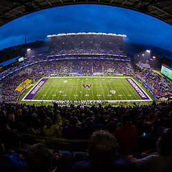 SEATTLE, WASHINGTON - NOVEMBER 7: Husky Stadium in Seattle, WA. (Photo by Christopher Mast/Icon Sportswire)
