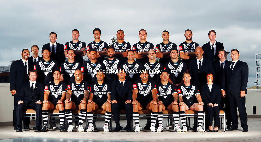 Back Row (L to R) Simon Mayhew, Dayne Norton, Shaun Kenny-Dowall, Jesse Bromwich, Manu Vatuvei, Jared Waerea-Hargreaves, Ben Matulino, Simon Mannering, Cayley Wilson. Middle Row (L to R) Ruben Wiki, Jason Taumalolo, Gerard Beale, Josh Hoffman, Frank Pritchard, Alex Glenn, Jason Nightingale, Sam McKendry, Tony Iro, Laurie Hale, Tony Kemp. Front Row (L to R) Hamish Craighead, Shaun Johnson, Jeremy Smith, Benji Marshall, Coach Stephen Kearney, Adam Blair, Issac Luke, Nathan Fein, Carmen Taplin. 2012 New Zealand Kiwis rugby league team photoshoot, Headshots and team photo. Pullman Hotel, Auckland. 17 April 2012. Photo: William Booth/photosport.co.nz