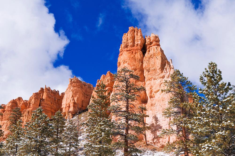 Rock formations and fresh powder along the Navajo Loop, Bryce Canyon National Park, Utah