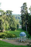 Naturpark Bergstraße-Odenwald..Staatspark Fürstenlager bei Bensheim..Tempel