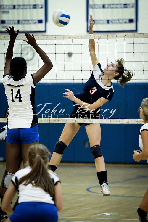 September/19/11:  MCHS Varsity Volleyball vs Orange Hornets.  Madison wins 3-0.