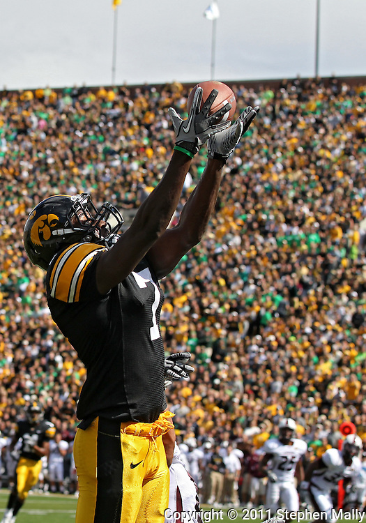 September 24, 2011: Iowa Hawkeyes wide receiver Marvin McNutt (7) pulls in a 17 yard touchdown pass during the second quarter of the game between the Iowa Hawkeyes and the Louisiana Monroe Warhawks at Kinnick Stadium in Iowa City, Iowa on Saturday, September 24, 2011. Iowa defeated Louisiana Monroe 45-17.