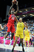 DESCRIZIONE : Basketball Jeux Olympiques Londres Demi finale<br /> GIOCATORE : Fowles Sylvia USA<br /> SQUADRA : USA FEMME<br /> EVENTO : Jeux Olympiques<br /> GARA : USA AUSTRALIE<br /> DATA : 09 08 2012<br /> CATEGORIA : Basketball Jeux Olympiques<br /> SPORT : Basketball<br /> AUTORE : JF Molliere <br /> Galleria : France JEUX OLYMPIQUES 2012 Action<br /> Fotonotizia : Jeux Olympiques Londres demi Finale Greenwich Arena<br /> Predefinita :