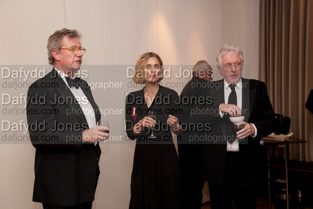 SIR CHRISTOPHER FRAYLING; MARYAM D'ABO; SIR HUGH HUDSON, DINNER AFTER THE AWARDS AT THE INTERCONTINENTAL.   Sony World Photography Awards 2011 Gala Ceremony at the ODEON Leicester Square, 27 April 2011. -DO NOT ARCHIVE-© Copyright Photograph by Dafydd Jones. 248 Clapham Rd. London SW9 0PZ. Tel 0207 820 0771. www.dafjones.com.