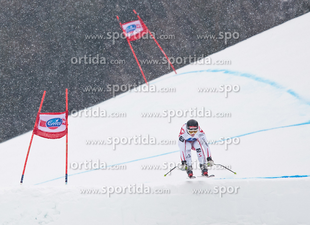 02.03.2011, Pista di Prampero, Tarvis, ITA, FIS Weltcup Ski Alpin, 1. Abfahrtstraining der Damen, im Bild, Elisabeth Goergl (AUT) // Elisabeth Goergl (AUT) during Ladie's Downhill Training, FIS World Cup Alpin Ski in Tarvisio Italy on 2/3/2011. EXPA Pictures © 2011, PhotoCredit: EXPA/ J. Groder