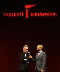 13-12-2010 ALGEMEEN: TOPSPORT GALA AMSTERDAM: AMSTERDAM<br /> In de Westergasfabriek werd het gala van de beste sportman, -vrouw, coach en ploeg gekozen / Wethouder Sport Eric van der Burg en Humberto Tan<br />  2010©2010-WWW.FOTOHOOGENDOORN.NL