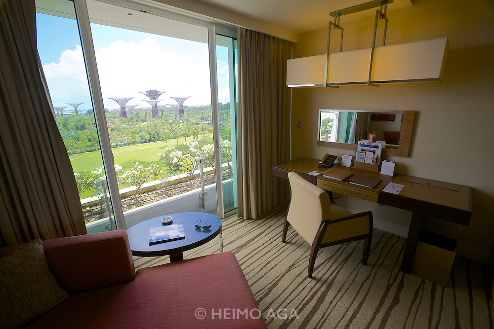 Singapore. Marina Bay Sands Hotel. Deluxe Room.