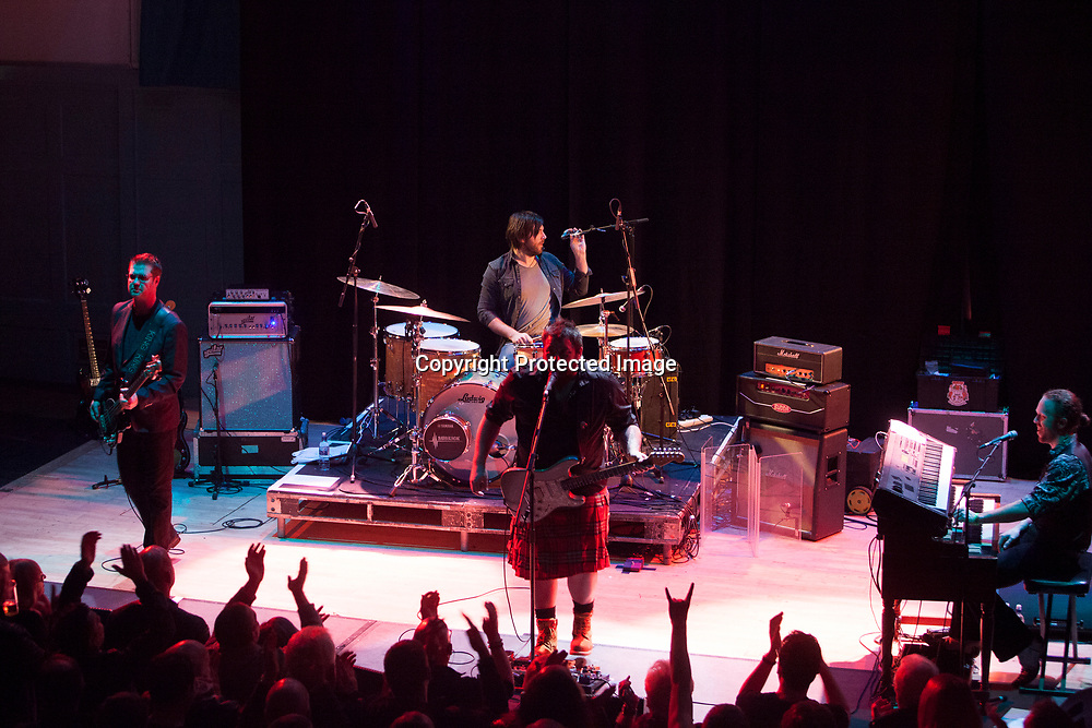 Edinburgh, UK. 25th November 2016. King King performs on stage at the Edinburgh Queen's Hall. Pako Mera