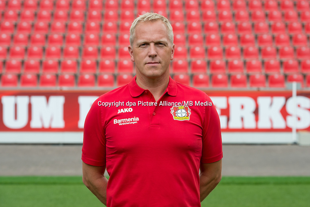 German Bundesliga - Season 2016/17 - Photocall Bayer 04 Leverkusen on 25 July 2016 in Leverkusen, Germany: Athletic-coach Oliver Bartlett. Photo: Guido Kirchner/dpa | usage worldwide