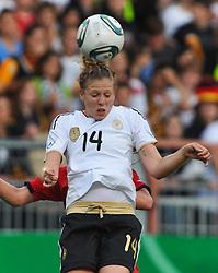 16.06.2011, Bruchwegstadion, Mainz, FIFA WOMENS WORLDCUP 2011, Deutschland (GER) vs. Norwegen (NOR), im Bild  Kim Kulig (Deutschland #14, Hamburg) beim Kopfball waehrend eines Vorbereitungsspiels // during a friendly match on 2011/06/16, Bruchwegstadion, Mainz, Germany. + EXPA Pictures © 2011, PhotoCredit: EXPA/ nph/  Roth       ****** out of GER / SWE / CRO  / BEL ******