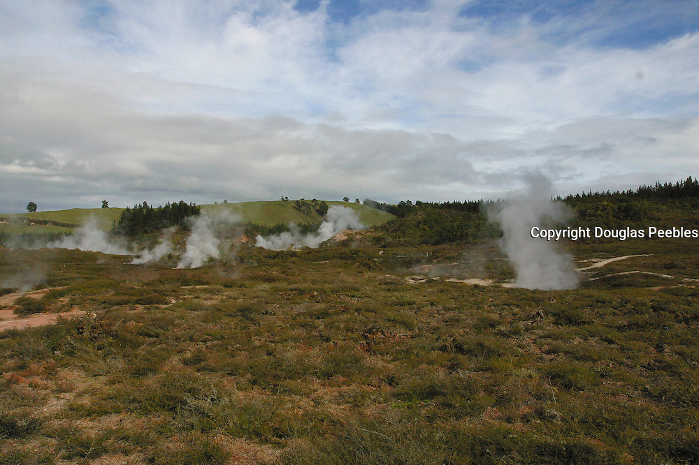 Craters of the Moon, Lake Taupo, New Zealand<br />