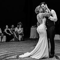 Bethany and Stephen's first dance at Casa Karma, Puerto Vallarta, Mexico. Photo by: Juan Carlos Calderón.