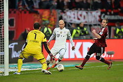 08.02.2014, easyCredit Stadion, Nuernberg, GER, 1. FBL, 1. FC Nuernberg vs FC Bayern Muenchen, 20. Runde, im Bild Mario Goetze (FC Bayern Muenchen / Mitte) versucht gegen Raphael Schaefer (1 FC Nuernberg / links) zum Torschuss zu kommen Rechts im Bild: Javier Pinola (1 FC Nuernberg) Duell, Zweikampf, Action / Aktion // during the German Bundesliga 20th round match between 1. FC Nuernberg and FC Bayern Munich at the easyCredit Stadion in Nuernberg, Germany on 2014/02/08. EXPA Pictures &copy; 2014, PhotoCredit: EXPA/ Eibner-Pressefoto/ MERZ<br /> <br /> *****ATTENTION - OUT of GER*****