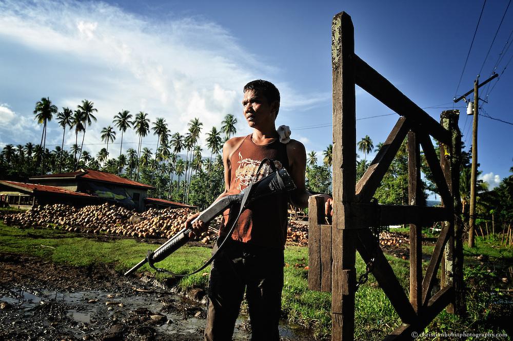 Obwohl der Staat ehemaligen PlantagenarbeiterInnen in den Philippinen gesetzlich ein eigenes Stück Land zum Kauf zuspricht, wehren sich viele Grossgrundbesitzer gegen die Umsetzung der Landreform – oft mit Gewalt.