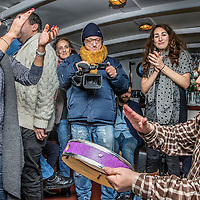 Nederland, Amsterdam, 26 december 2016.<br />Vriendengroep Salaam Shalom maakt op tweede kerstdag een bootocht door de grachten van Amsterdam.<br />Deze vriendenkring heeft een duidelijk doel: mensen met verschillende achtergronden bij elkaar brengen om vriendschappen te cre&euml;ren. Salaam Shalom doet dit met eigen middelen en heeft mooie idealen zoals broederschap, vrede, respect, plezier, liefde en vriendschap. In zeer korte tijd sloten zich honderden islamitische en joodse Amsterdammers zich aan bij de vriendengroep.&nbsp;<br />Op de foto: links stadsdeelvoorzitter Fatima Elatik.<br /><br /><br /><br />Foto: Jean-Pierre Jans