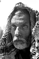 BANGLADESH BARISAL DISTRICT KATTAMBARI SEP94 - An old beggar poses for a portrait in the glowing sun...jre/Photo by Jiri Rezac..© Jiri Rezac 1994