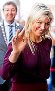 UTRECHT - Koningin Maxima opent de derde editie van de Pensioen3daagse, een initiatief van het landelijk platform Wijzer in geldzaken. Dit platform is een initiatief van het ministerie van Financiën en vertegenwoordigt ruim 40 organisaties die samenwerken om de consument 'wijzer in geldzaken' te maken. COPYRIGHT ROBIN UTRECHT
