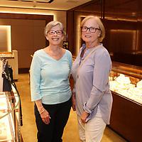 Susan Busch, Sharon Kueneke