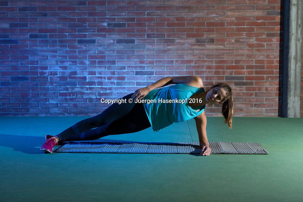 Julia Goerges (GER)<br /> <br />  - Julia Goerges Fitness Training -  -  TC Regensburg - Regensburg - Bayern - Germany  - 25 April 2016. <br /> &copy; Juergen Hasenkopf