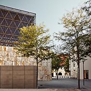 Jüdisches Zentrum München by Wandel Hoefer Lorch Architekten