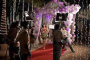 Inspelning av Bollywood-filmen Dulha Mil Gaya - Found a Groom. .Skåderspelerskan på bilden syns Sushmita Sen. Känd skådis i Bollywood och Miss Universe 1994...COPYRIGHT 2008 CHRISTINA SJÖGREN.ALL RIGHTS RESERVED...