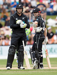 New Zealand's Martin Guptill, left, and Kane Williamson discuss options against Pakistan in the third one day cricket international at the University of Otago Oval, Dunedin, New Zealand, Saturday, January 13, 2018. Credit:SNPA / Adam Binns ** NO ARCHIVING**