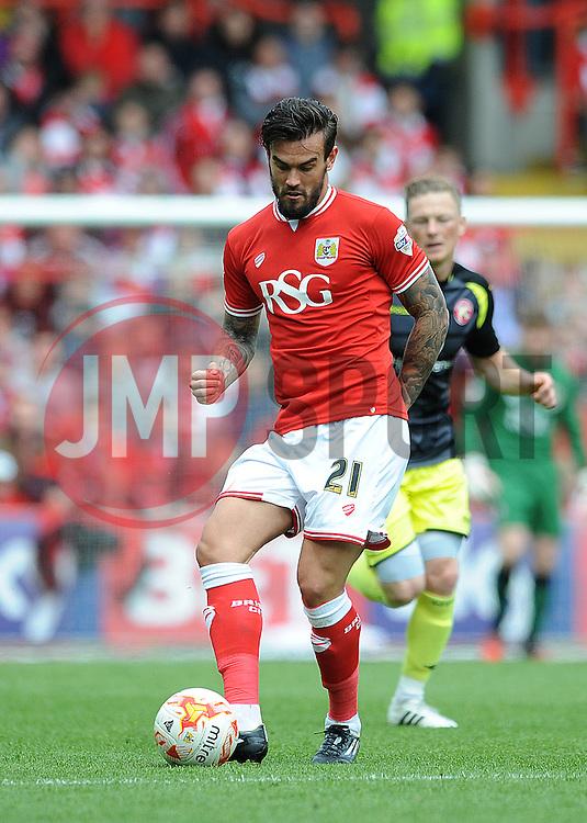 Bristol City's Marlon Pack - Photo mandatory by-line: Dougie Allward/JMP - Mobile: 07966 386802 - 03/05/2015 - SPORT - Football - Bristol - Ashton Gate - Bristol City v Walsall - Sky Bet League One