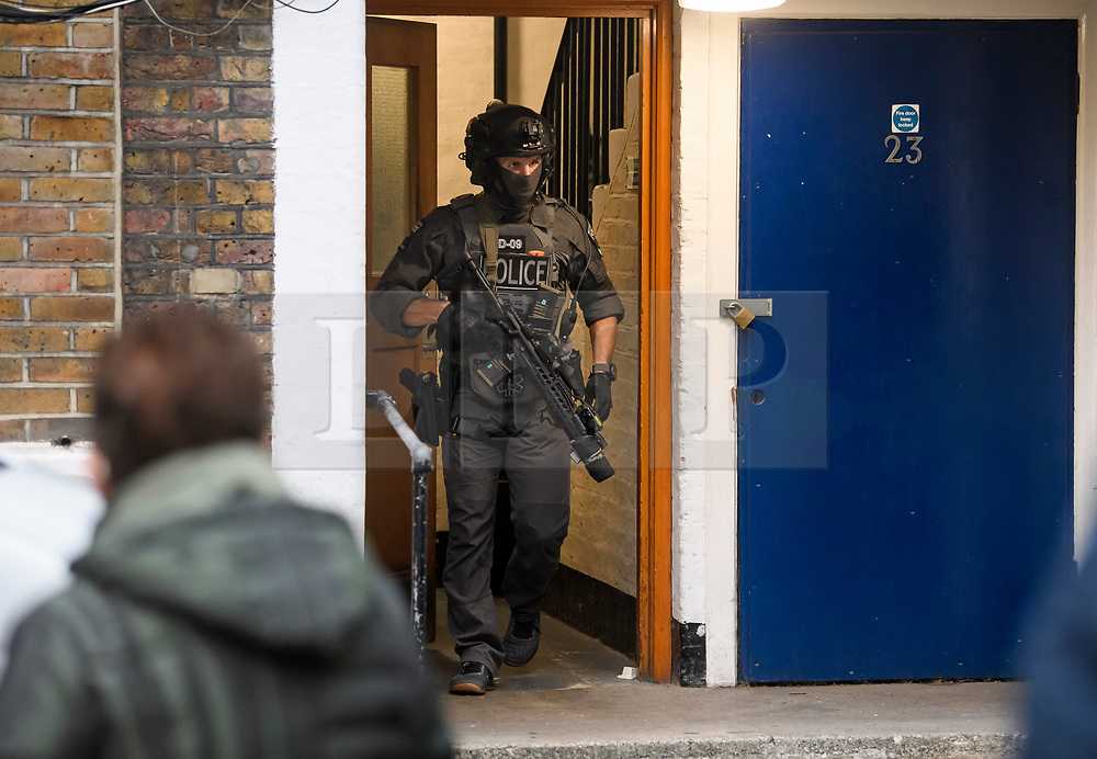 © Licensed to London News Pictures. 19/11/2018. London, UK. A raid by a CT-SFO (Counter Terrorist Specialist Firearms Officer) unit at a residential block of flats in Westminster., London. A number of men were detained at the scene. Photo credit: Ben Cawthra/LNP