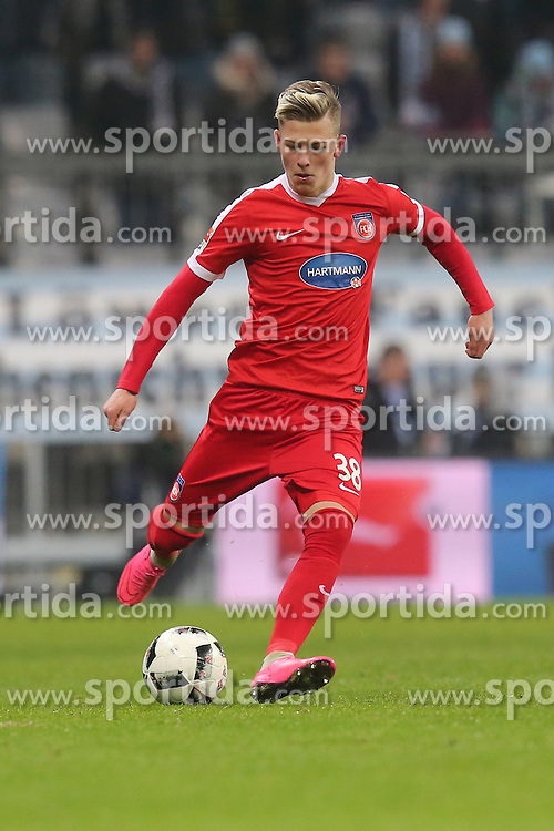 16.12.2016, Allianz Arena, M&uuml;nchen, GER, 2. FBL, TSV 1860 Muenchen vs 1. FC Heidenheim, 17. Runde, im Bild Tim Skarke ( 1.FC Heidenheim #38) // during the 2nd German Bundesliga 17th round match between TSV 1860 Muenchen vs 1. FC Heidenheim at the Allianz Arena in M&uuml;nchen, Germany on 2016/12/16. EXPA Pictures &copy; 2016, PhotoCredit: EXPA/ Eibner-Pressefoto/ Langer<br /> <br /> *****ATTENTION - OUT of GER*****