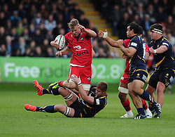 Worcester Number 8 GJ Van Velze tackles Bristol Rugby Number 8 Mitch Eadie  - Photo mandatory by-line: Joe Meredith/JMP - Mobile: 07966 386802 - 27/05/2015 - SPORT - Rugby - Worcester - Sixways Stadium - Worcester Warriors v Bristol Rugby - Greene King IPA Championship