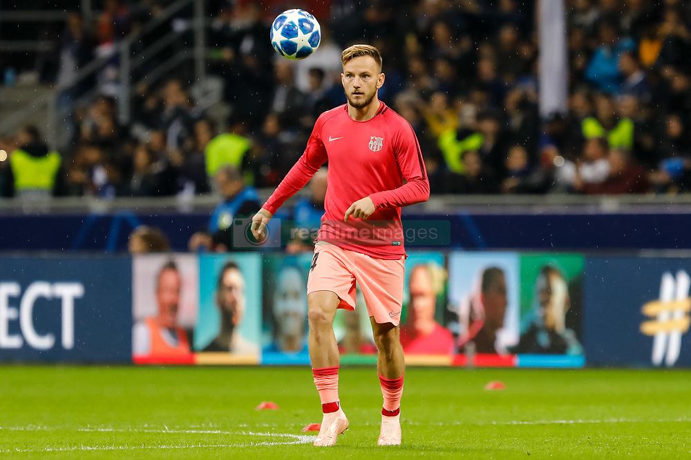 صور مباراة : إنتر ميلان - برشلونة 1-1 ( 06-11-2018 )  20181106-zaa-n230-735