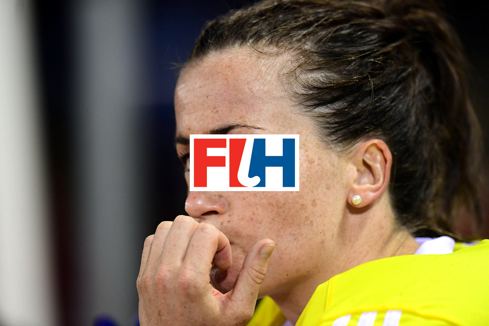 AUCKLAND - Sentinel Hockey World League final women<br /> Match id: 10310<br /> 20 ENG v NZL (Semi Final) 0-1<br /> New Zealand play the final<br /> Foto:  Maddie Hinch (Gk) crying quietly <br /> WORLDSPORTPICS COPYRIGHT FRANK UIJLENBROEK