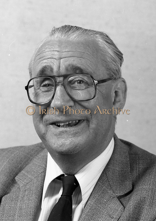 James Dooge 2-9-1981 Minister for Forging Affairs 20-10-1981 to 9-3-1982 James Dooge Minister for forigen affairs 1981 to 1982