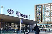 Nederland, Nijmegen, 26-1-2017Het stationsplein met de ingang van het station, treinstation van de ns.Foto: Flip Franssen