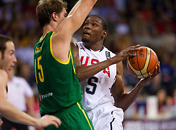 30.08.2010, Abdi Ipekci Arena, Istanbul, TUR, 2010 FIBA World Championship, USA vs Brasil, im Bild .Tiago Splitter of Brasil vs Kevin Durant  of USA during the Preliminary Round - Group B basketball match. EXPA Pictures © 2010, PhotoCredit: EXPA/ Sportida/ Vid Ponikvar *** ATTENTION *** SLOVENIA OUT!