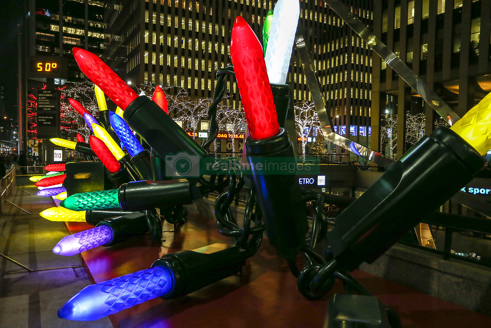 November 19, 2018 - New York, NEW YORK, UNITED STATES - Christmas decoration on the streets of New York on the night of Monday, 19. (Credit Image: © William Volcov/ZUMA Wire)