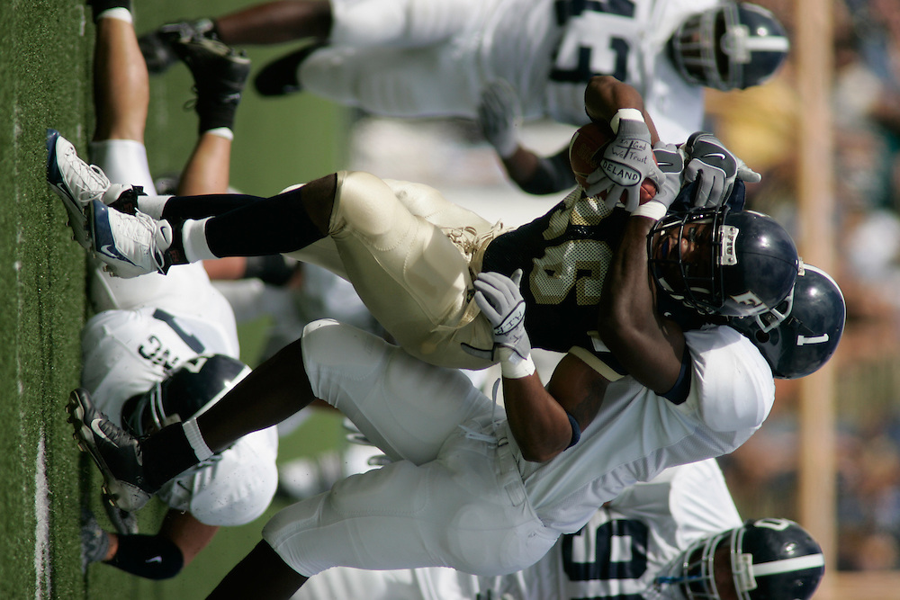2004 FLORIDA INTERNATIONAL UNIVERSITY Football