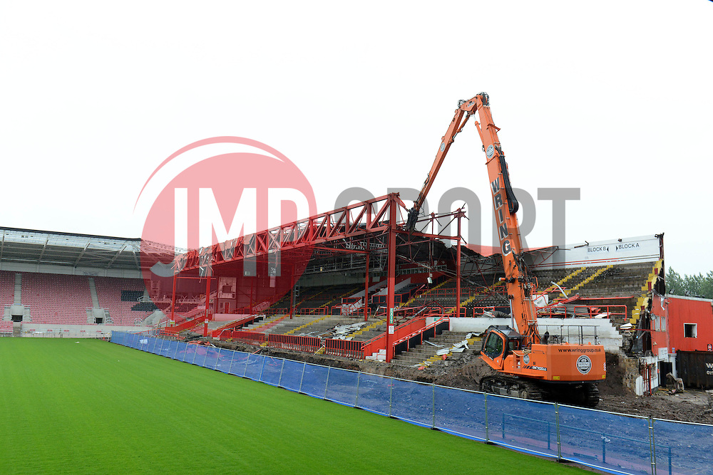 General view at Ashton Gate Stadium as Demolition of the old Williams Stand roof takes place as part of the stadium redevelopment plan - Photo mandatory by-line: Dougie Allward/JMP - Mobile: 07966 386802 - 02/07/2015 - SPORT - Football - Bristol - Ashton Gate - Ashton Gate Williams Stand Demolition