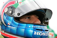 Tony Kanaan at the Nashville Superspeedway, Firestone Indy 200, July 16, 2005