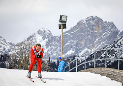 17.03.2017, Ramsau am Dachstein, AUT, Special Olympics 2017, Wintergames, Langlauf, Divisioning 5 km Classic, im Bild ein Athlet auf der Brücke vor der Kulisse des Dachstein-Gebirges // an athlete on the bridge in front of the Dachstein during the Cross Country Divisioning 5 km Classic at the Special Olympics World Winter Games Austria 2017 in Ramsau am Dachstein, Austria on 2017/03/17. EXPA Pictures © 2017, PhotoCredit: EXPA / Martin Huber