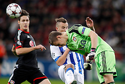02.10.2013, BayArena, Leverkusen, GER, UEFA Champions League, Bayer 04 Leverkusen vs Real Sociedad San Sebastian, Gruppe A, im Bild Header by goalkeeper Claudio Bravo #1 (Real Sociedad de Futbol San Sebastian). Aktion, Action --- Bayer Leverkusen 04 - Real Sociedad de Futbol San Sebastian, Fussball, UEFA Champions League, 02.10.2013 --- // during UEFA Champions League group A match between Bayer 04 Leverkusen and Real Sociedad de Futbol San Sebastian at the BayArena in Leverkusen, Germany. EXPA Pictures © 2013, PhotoCredit: EXPA/ Eibner/ Grimme<br /> <br /> ***** ATTENTION - OUT OF GER *****