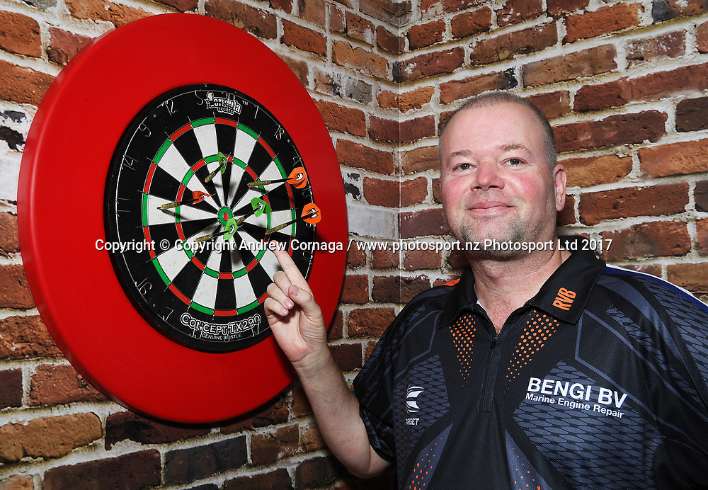 Netherland's Raymond van Barneveld aka &quot;Barney&quot;<br /> Auckland Darts Masters press conference and draw. Professional Darts Corporation (PDC). Burger King, Auckland, New Zealand. Thursday 10 August 2017. &copy; Copyright photo: Andrew Cornaga / www.photosport.nz