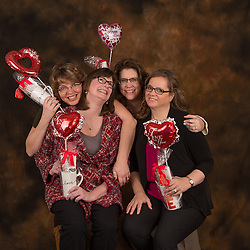 Group shot during a Valentines day Min Session.