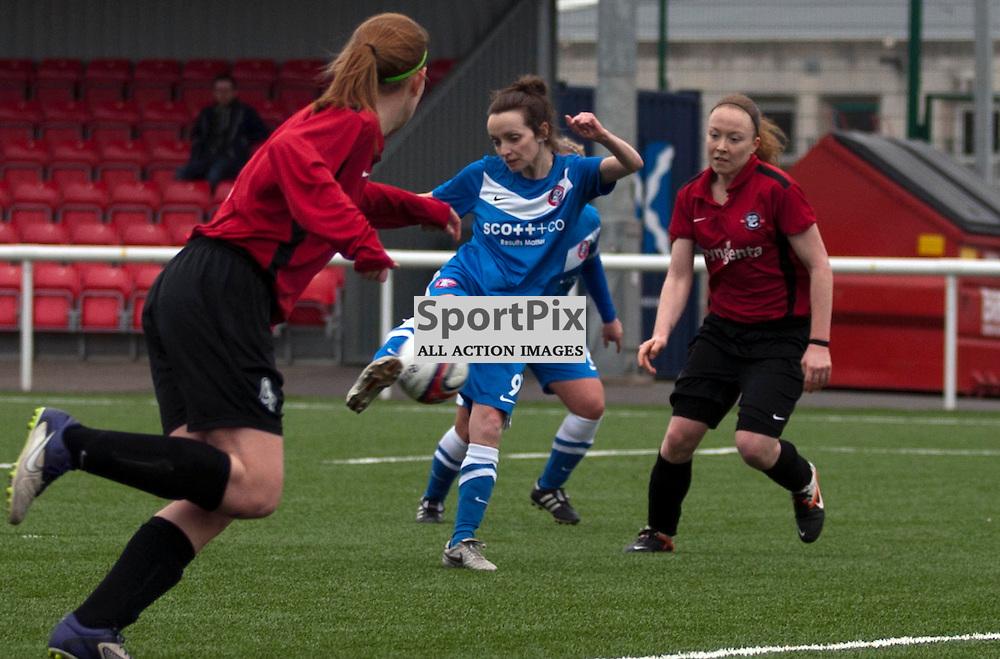 Diana Barry (Spartans 9) shoots. Spartans v Falkirk Scottish Women's Premier League Cup Round 1 03 March 2013 (c) Russell Sneddon | StockPix.eu