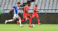 Fotball , 02. juli 2020 , Eliteserien  ,  Sarpsborg - Brann<br /> Daouda Bamba  , Brann <br /> Joachim Thomassen , S08