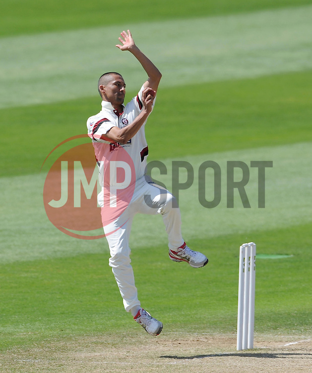 Somerset's Alfonso Thomas. Photo mandatory by-line: Harry Trump/JMP - Mobile: 07966 386802 - 27/05/15 - SPORT - CRICKET - LVCC County Championship - Division 1 - Day 4 - Somerset v Yorkshire - The County Ground, Taunton, England.