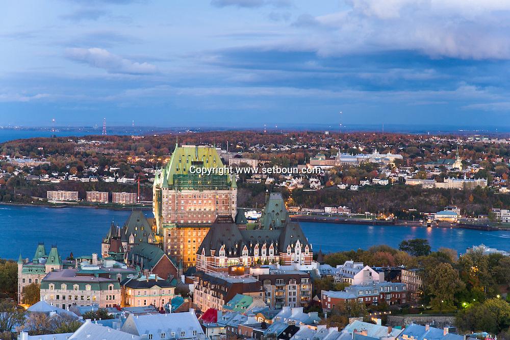 Canada. Quebec. general and aerial view of the city. the chateau hotel Frontenac, the old city and the Saint Laurent river   / vue generale et aerienne de la ville. le chateau hotel frontenac, la vielle ville et le fleuve Saint Laurent