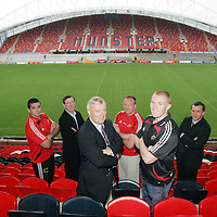 ***********FREE**********WITH COMPLIMENTS**********<br /> Alan Quinlan, Patrick Manley-CEO Zurich, Nicholas Comyn-President Munster Branch,  Mick O Driscoll, Keith Earls and Gareth Fitzgerald-CEO Munster Rugby pictured at the announcement of the Zurich sponsorship of Munster v All Blacks game to officially open Thomand Park pictured in Thomand Park on Thursday.<br /> Pic. Brian Arthur/ Press 22