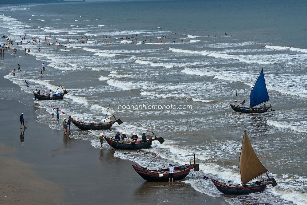 Vietnam Images-seascape-Phong cảnh biển-Nghệ An-Vinh hoàng thế nhiệm