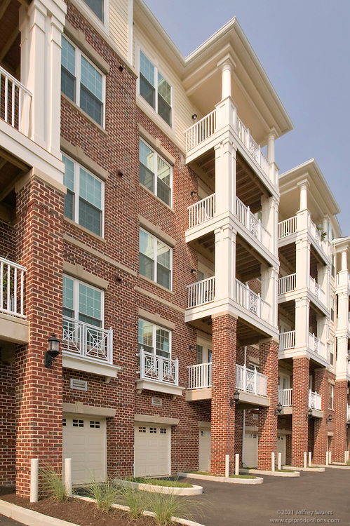 Bowie MD photography of Fairwood Condominiums by Jeffrey Sauers of Commercial Photographics